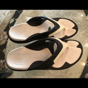 Crocs Sport Flip Flops, Women's 8, EUC